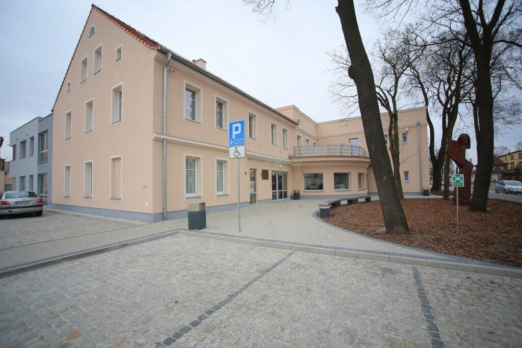 Budynek Nowosolskiego Domu Kultury