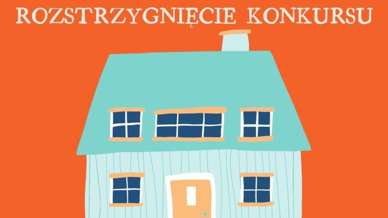 Na ilustracji widnieje dom z kominem, drzwiami i oknami.